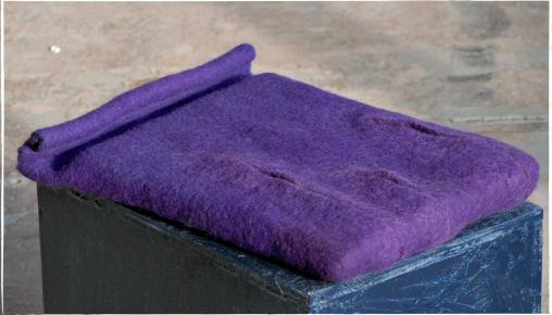 iPadhoes van paarse wol vervilt